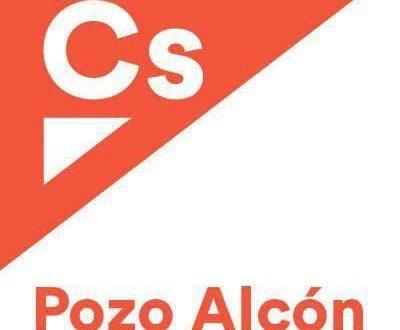 El parlamentario de Cs, Enrique Moreno, explica a los cooperativistas sus propuestas para el sector