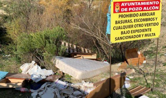 El Ayuntamiento pide responsabilidad ante vertidos incontrolados